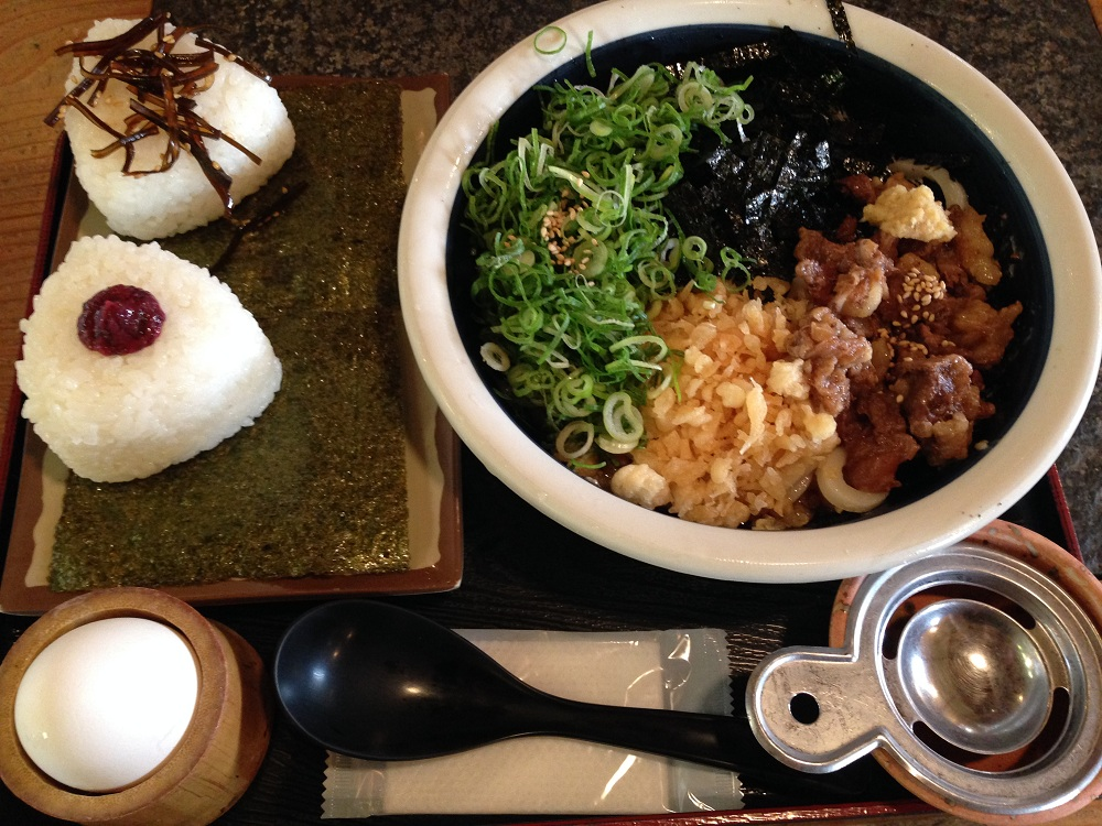 兵庫県にある味・雰囲気共に文句なしのうどん店「八間蔵」