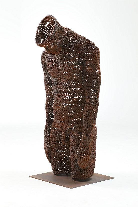 バイクのチェーンを使った彫刻アート?!