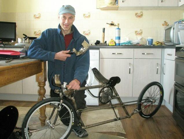 世界一速い自転車!!時速133キロの記録を残す!