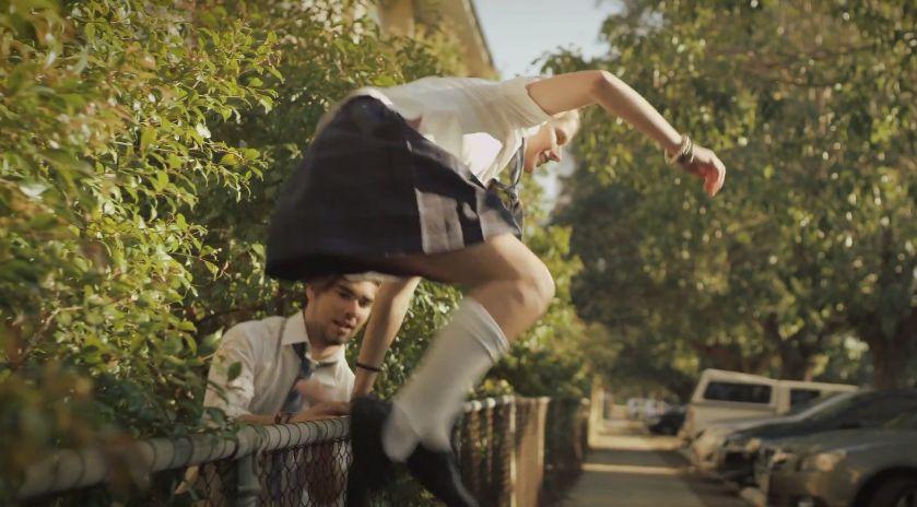 [閲覧注意] 恐ろしすぎる!!オーストラリアの教育向けの動画「授業をさぼってるとこうなります」