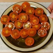 cut-tomatoes